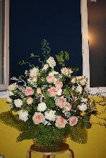 Флаг россии из цветов в корзине фото