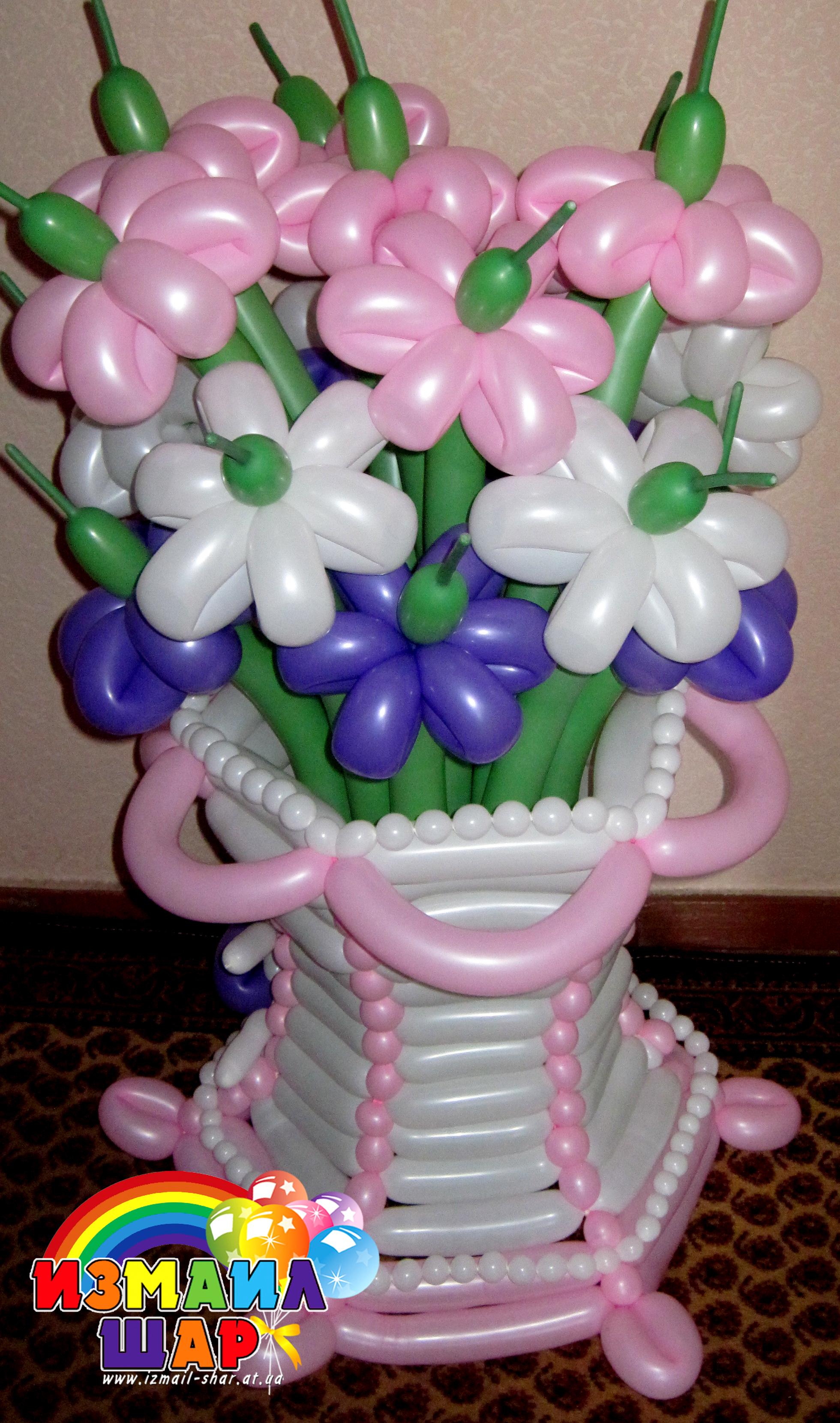 Цветы в корзине из шдм фото