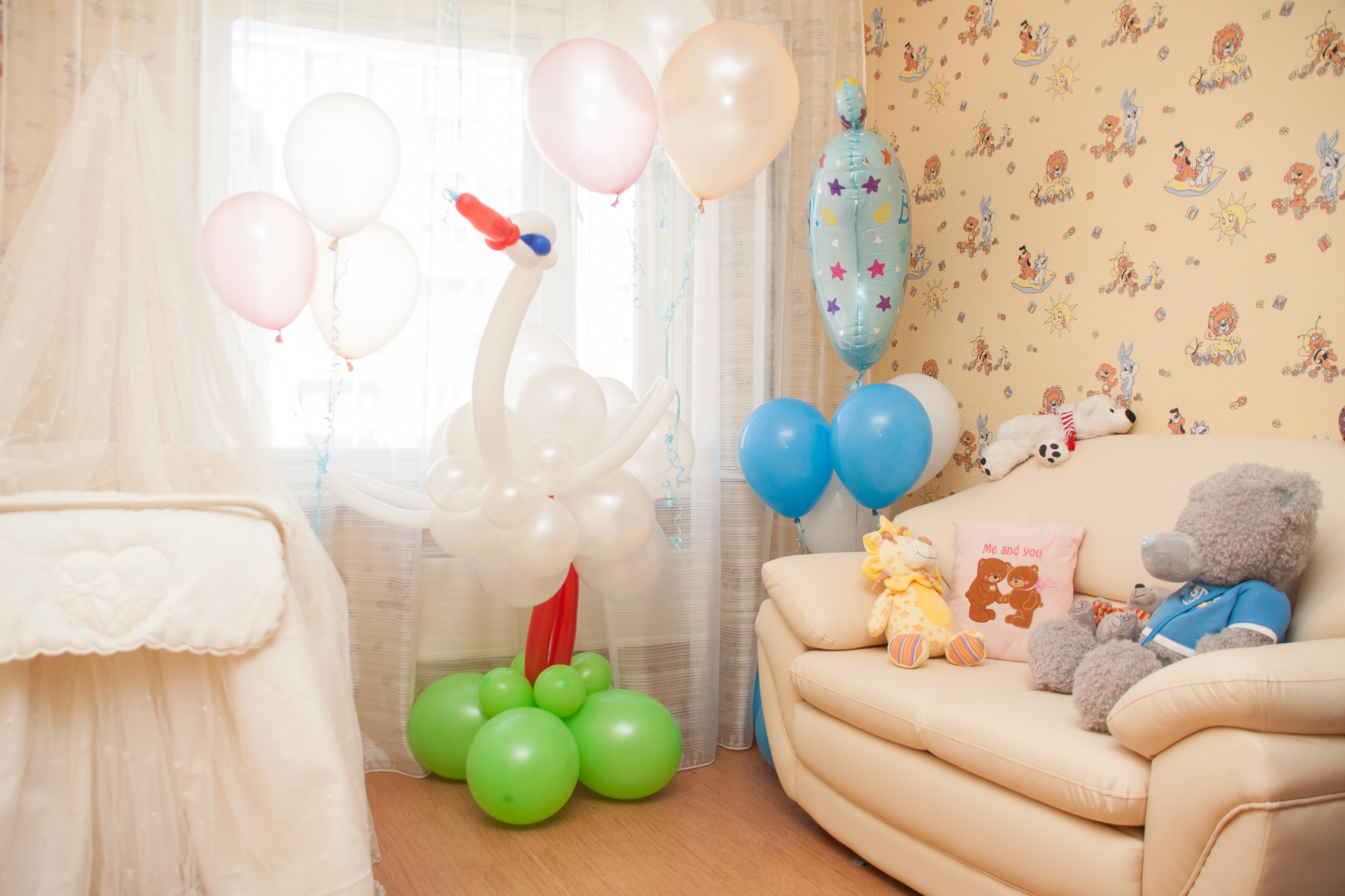 Украшаем комнату для новорожденного