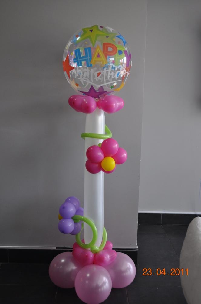 Напольная стойка из шаров своими руками